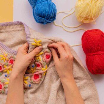 Ashinyday.com Webinars DIYembroideredsweater (18 of 18)